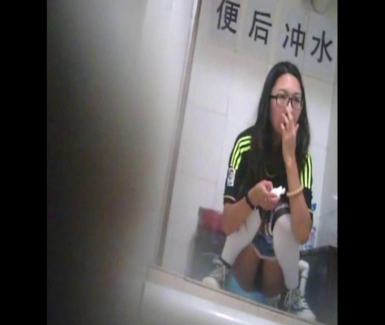 エロ動画:Vol.40 かわいい顔して鼻に指入っちゃいまーす。:怪盗ジョーカー
