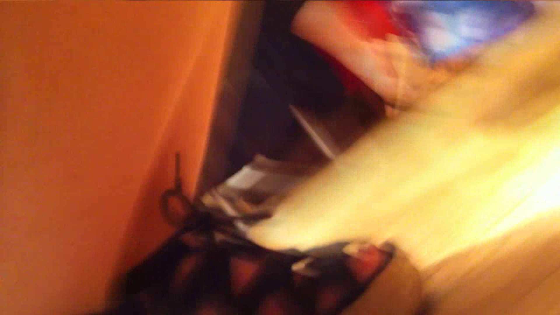 エロ動画:可愛いカリスマ店員限定‼胸チラ&パンチラ vol.18:のぞき本舗 中村屋