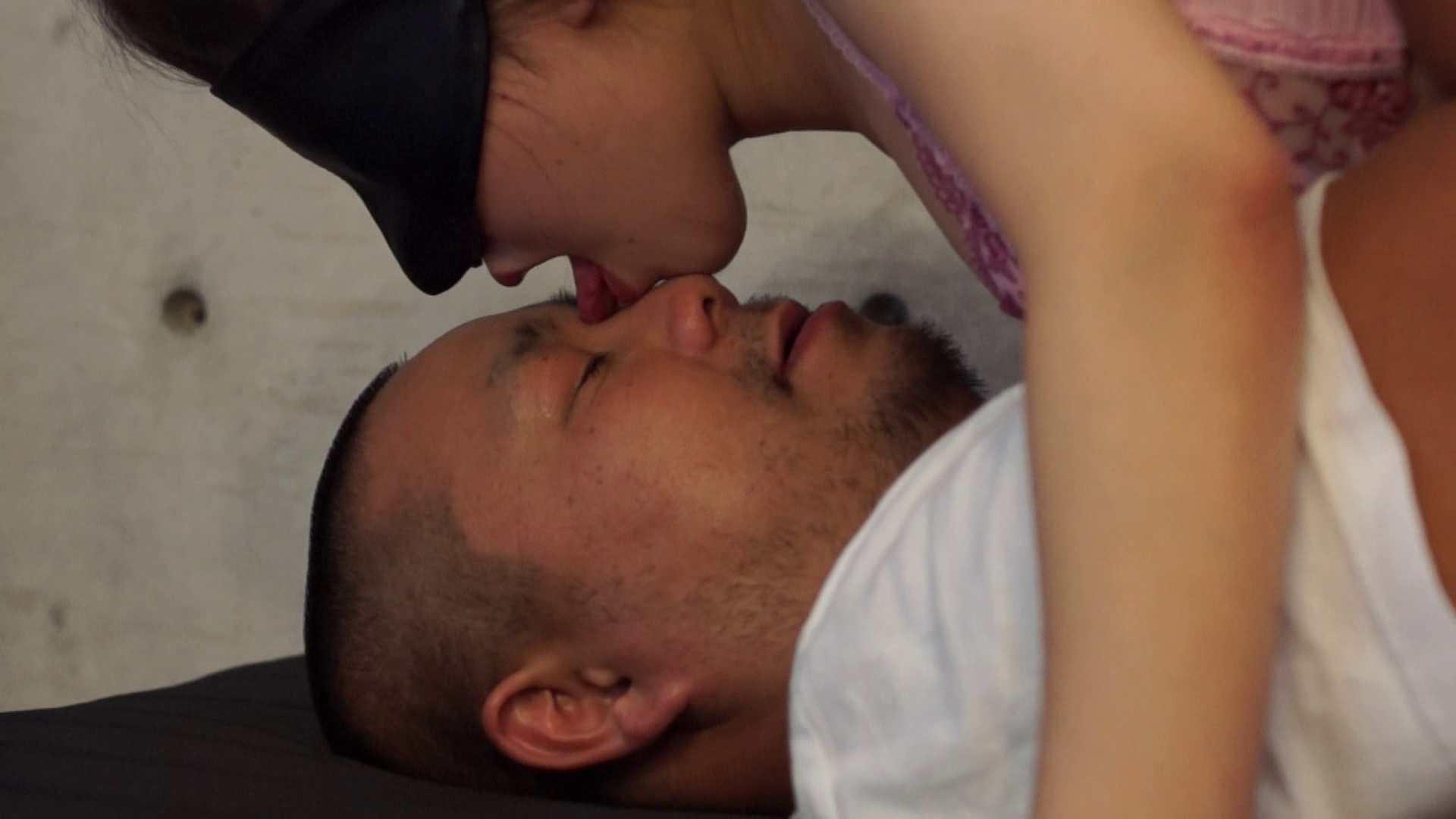 vol.8 TKSさんの顔を舐めまわす夏実ちゃん、最後のキスは・・・ 美女OL  110連発 92