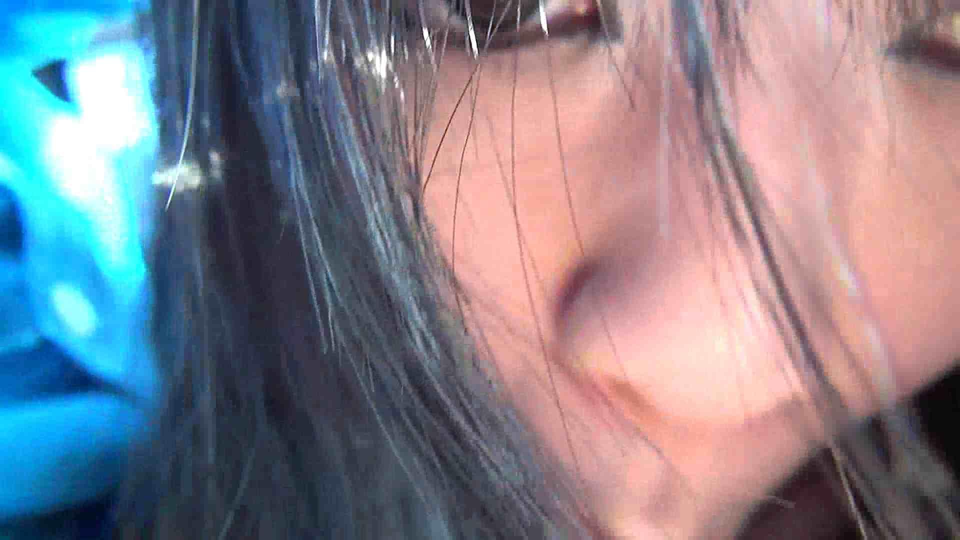 【女の時・01】ドライブ中と公衆施設で 独占盗撮 盗撮動画紹介 98連発 74