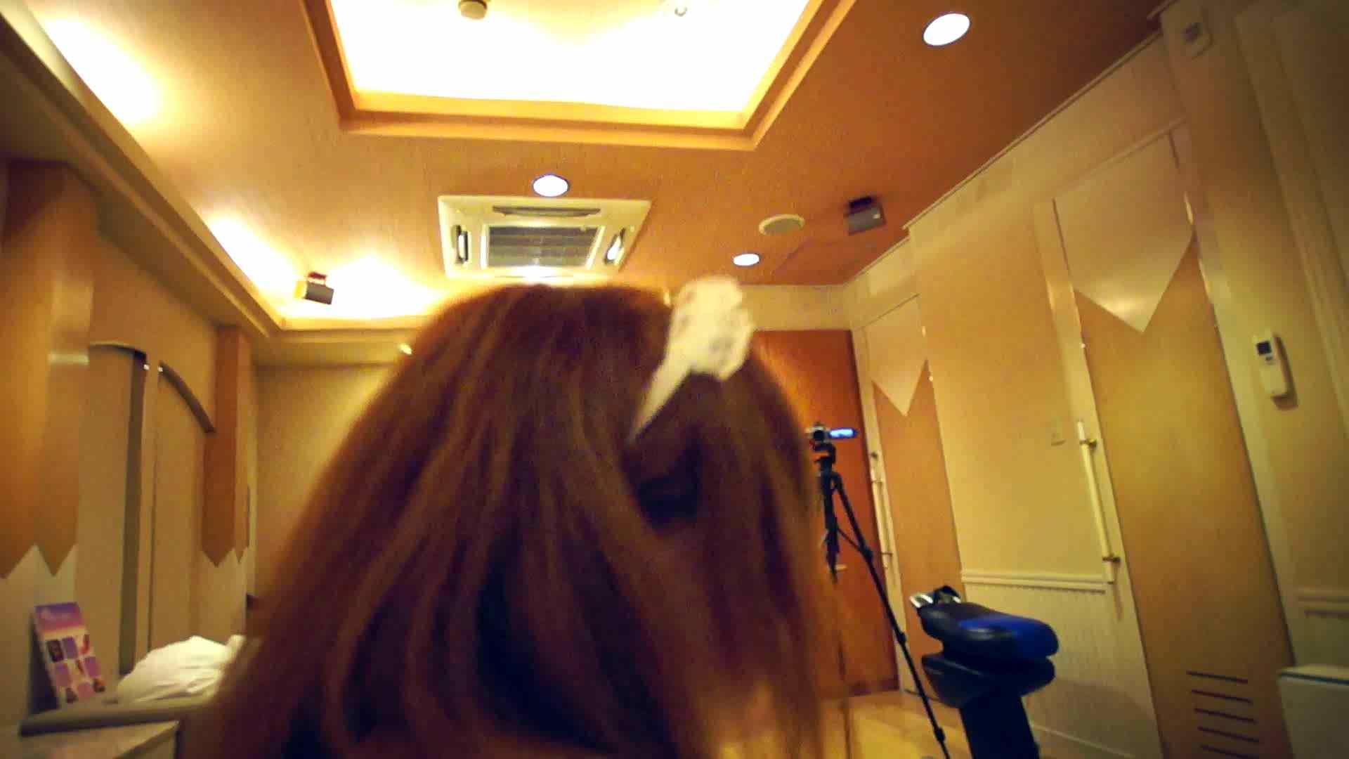 vol.1 警戒されながらラブホテルへ!優ちゃんの撮影開始です。 コスプレ娘 ぱこり動画紹介 47連発 46
