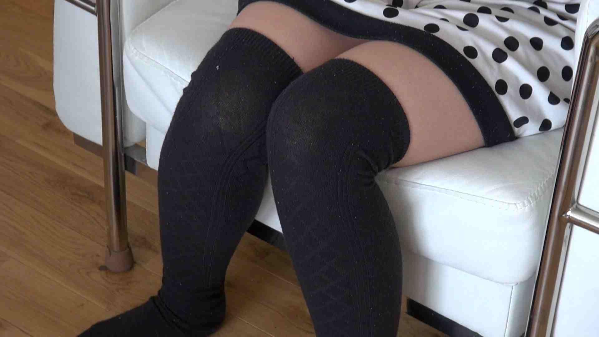 自宅で今回の出演までの経緯を語る志穂さん 独占盗撮 ワレメ無修正動画無料 37連発 2