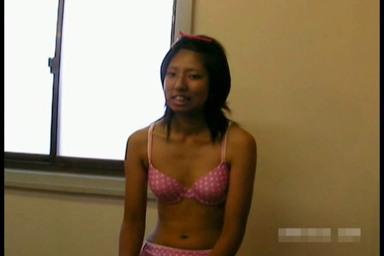 素人撮影 下着だけの撮影のはずが・・・エミちゃん18歳 丸見え えろ無修正画像 105連発 23