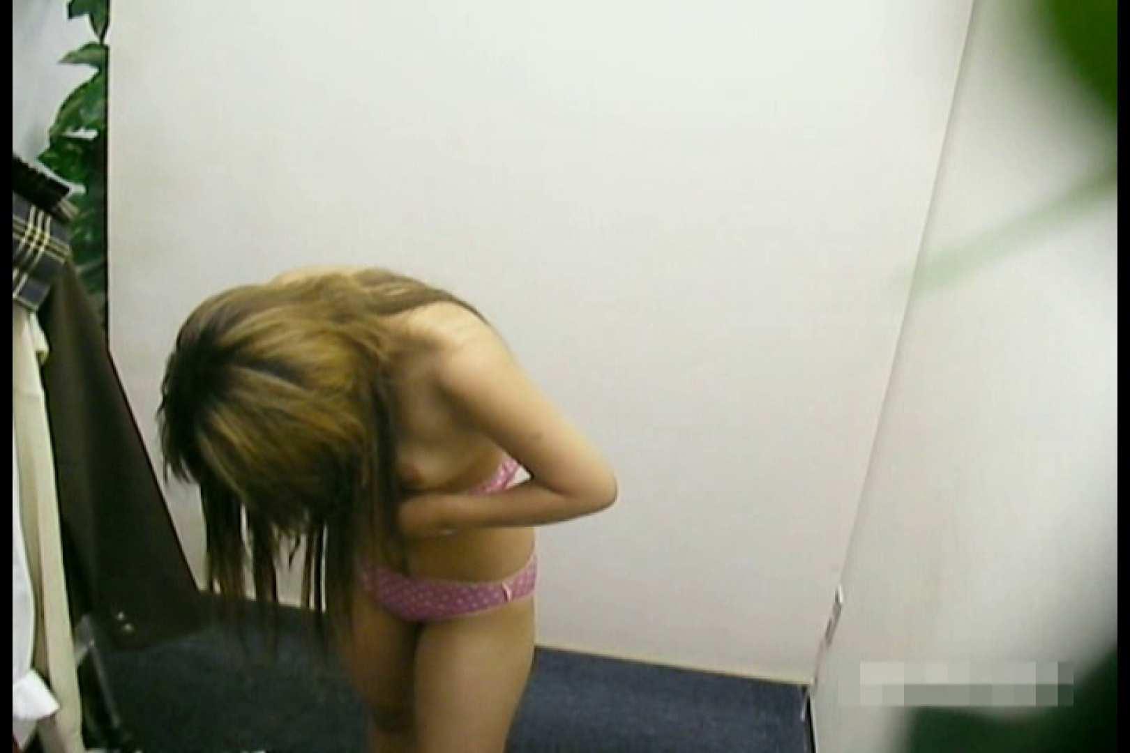 素人撮影 下着だけの撮影のはずが・・・幸子18歳 着替え おまんこ無修正動画無料 52連発 23