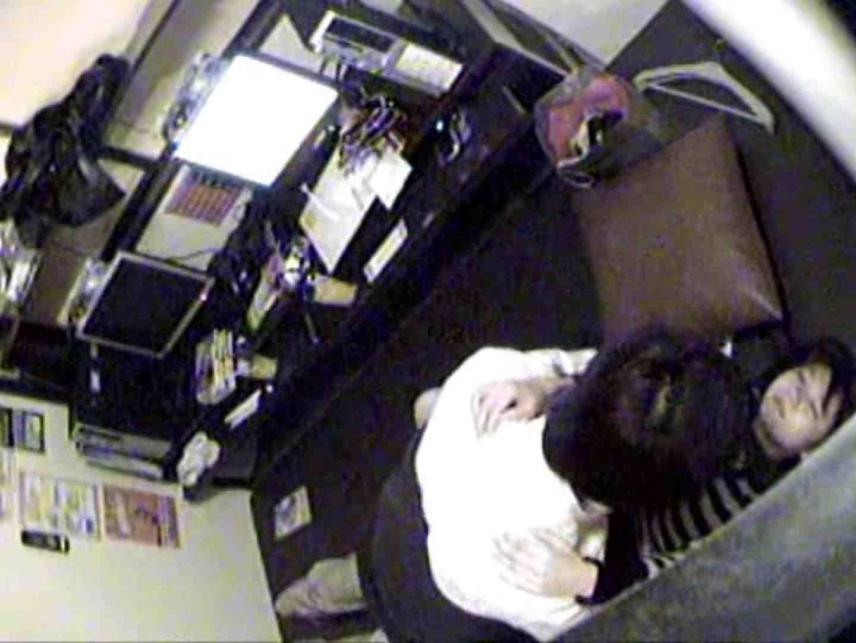 エロ動画:インターネットカフェの中で起こっている出来事 vol.010:ピープフォックス(盗撮狐)