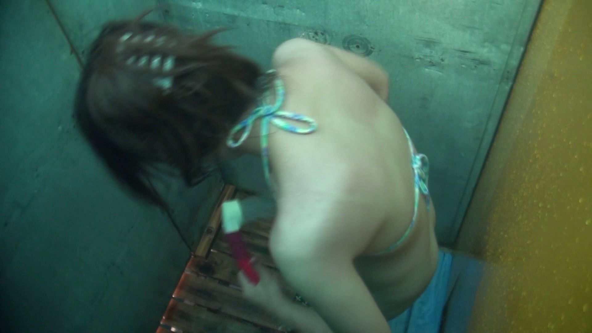 シャワールームは超!!危険な香りVol.15 残念ですが乳首未確認 マンコの砂は入念に マンコ映像 | 美女OL  63連発 36