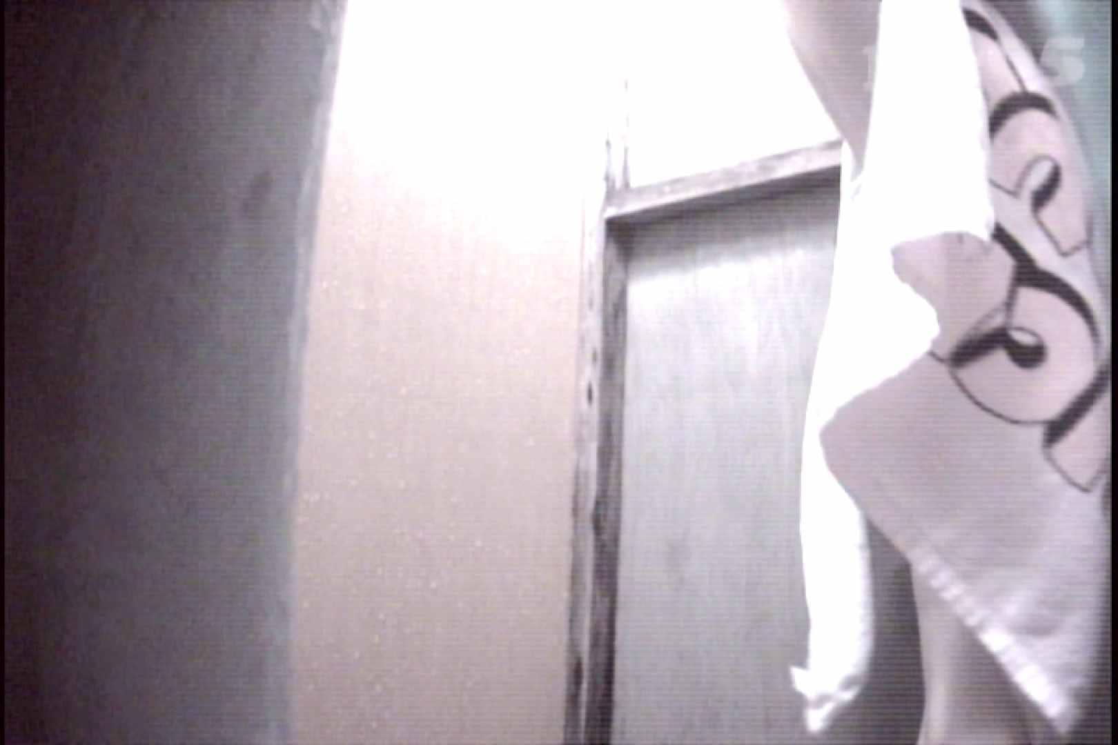 File.35 下からくっきりワレメちゃん確認! 独占盗撮 | 脱衣所  56連発 8