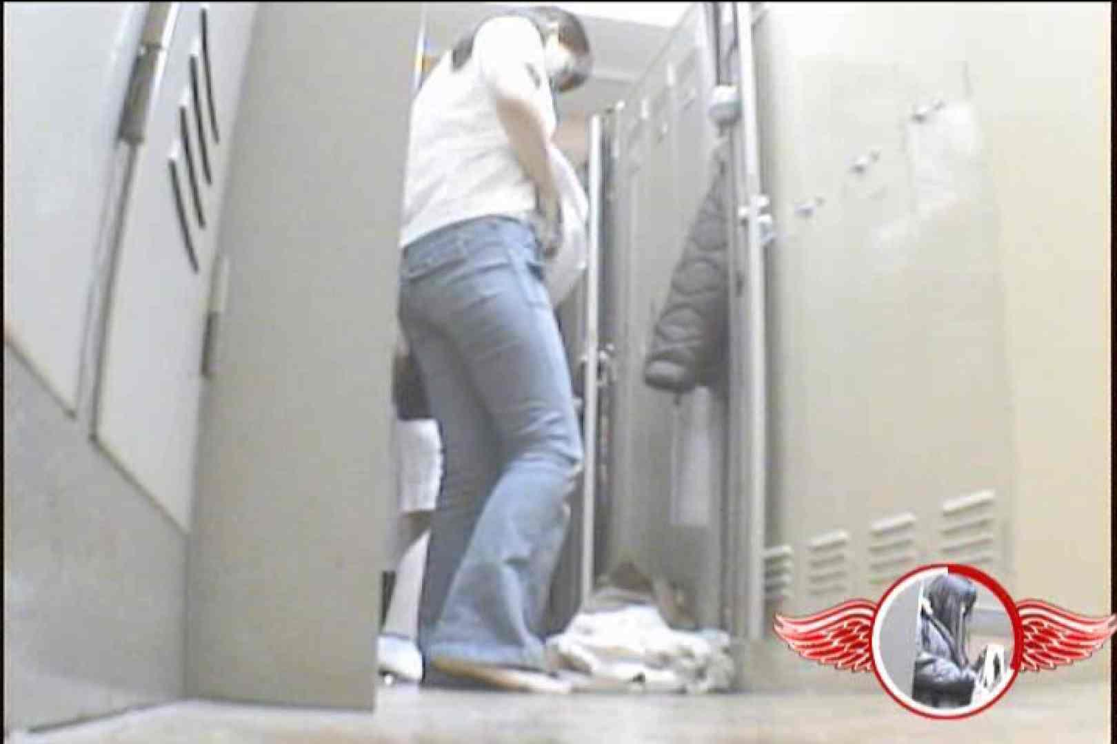 盗撮師が入院ついでに盗撮してきました~Vol.4 チラ見え画像 | 美女OL  89連発 36