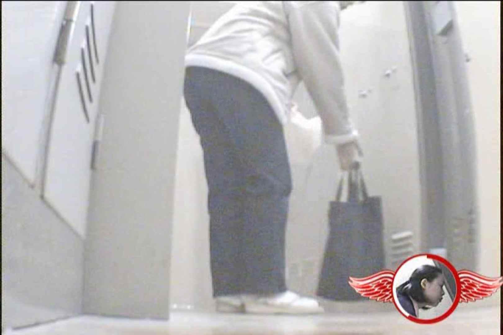 盗撮師が入院ついでに盗撮してきました~Vol.4 チラ見え画像 | 美女OL  89連発 61