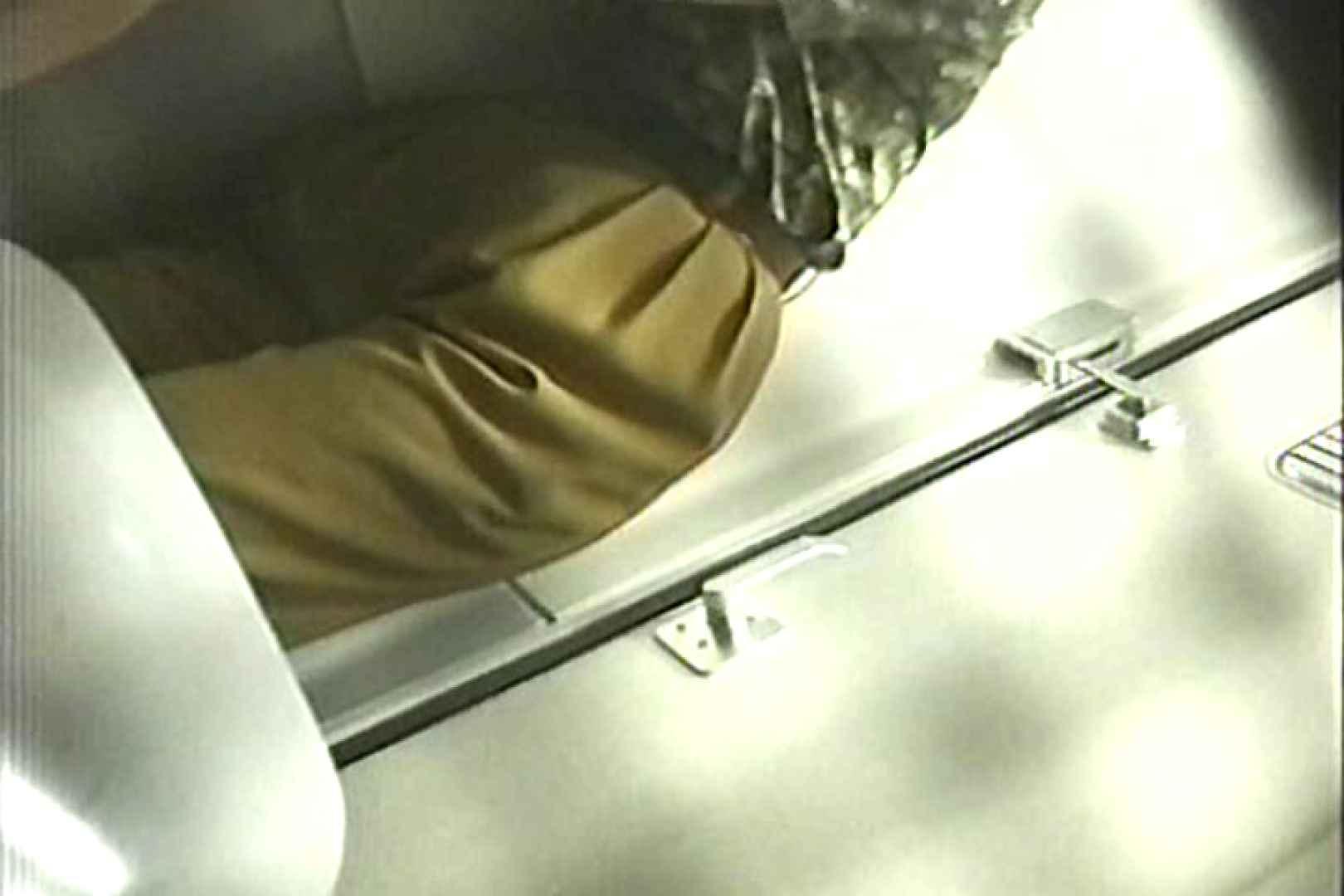 車内洗面所盗撮 電車ゆれればお尻もゆれる TK-98 独占盗撮  33連発 18