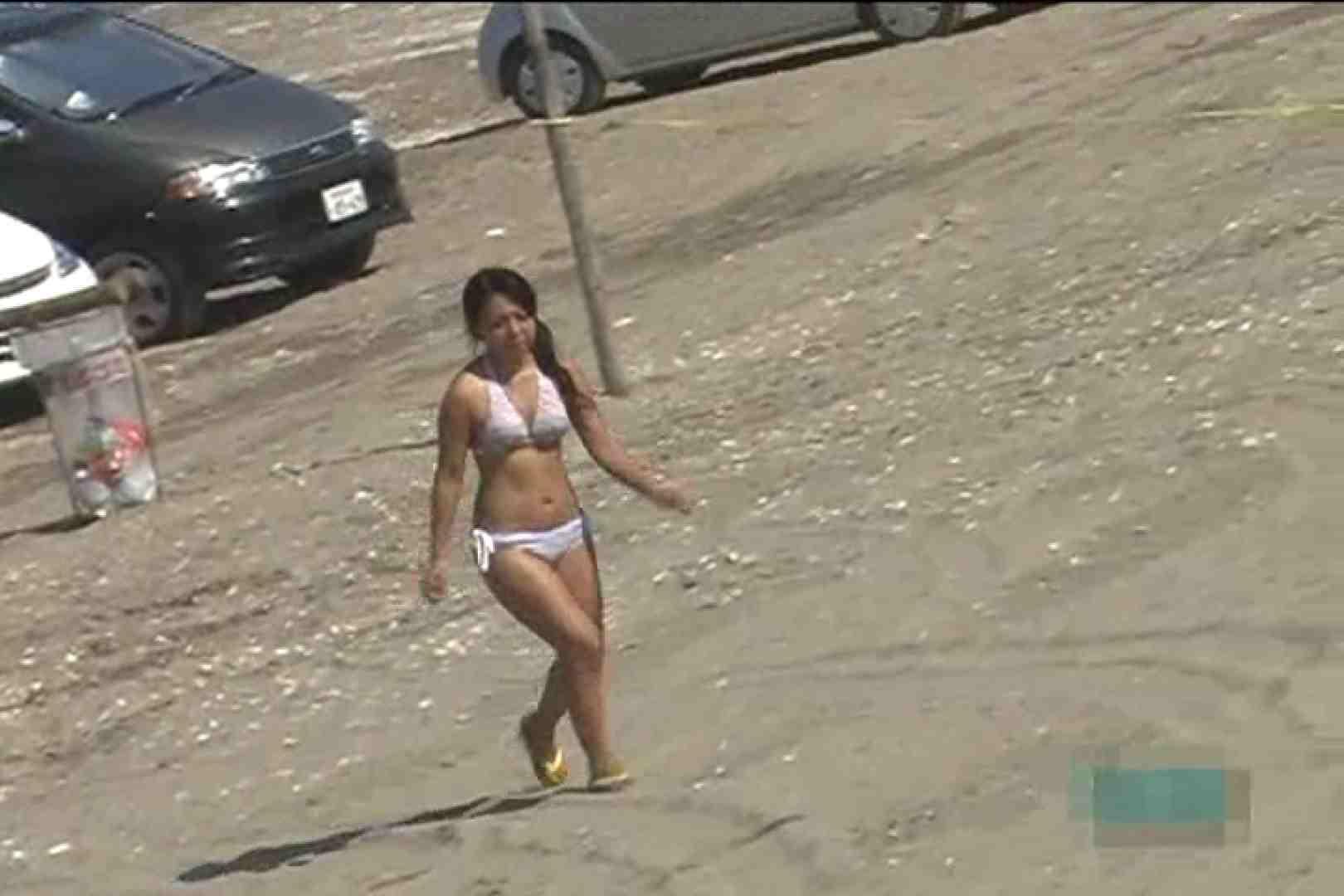 真夏のビーチは危険地帯Vol.3 水着娘 ワレメ無修正動画無料 79連発 55