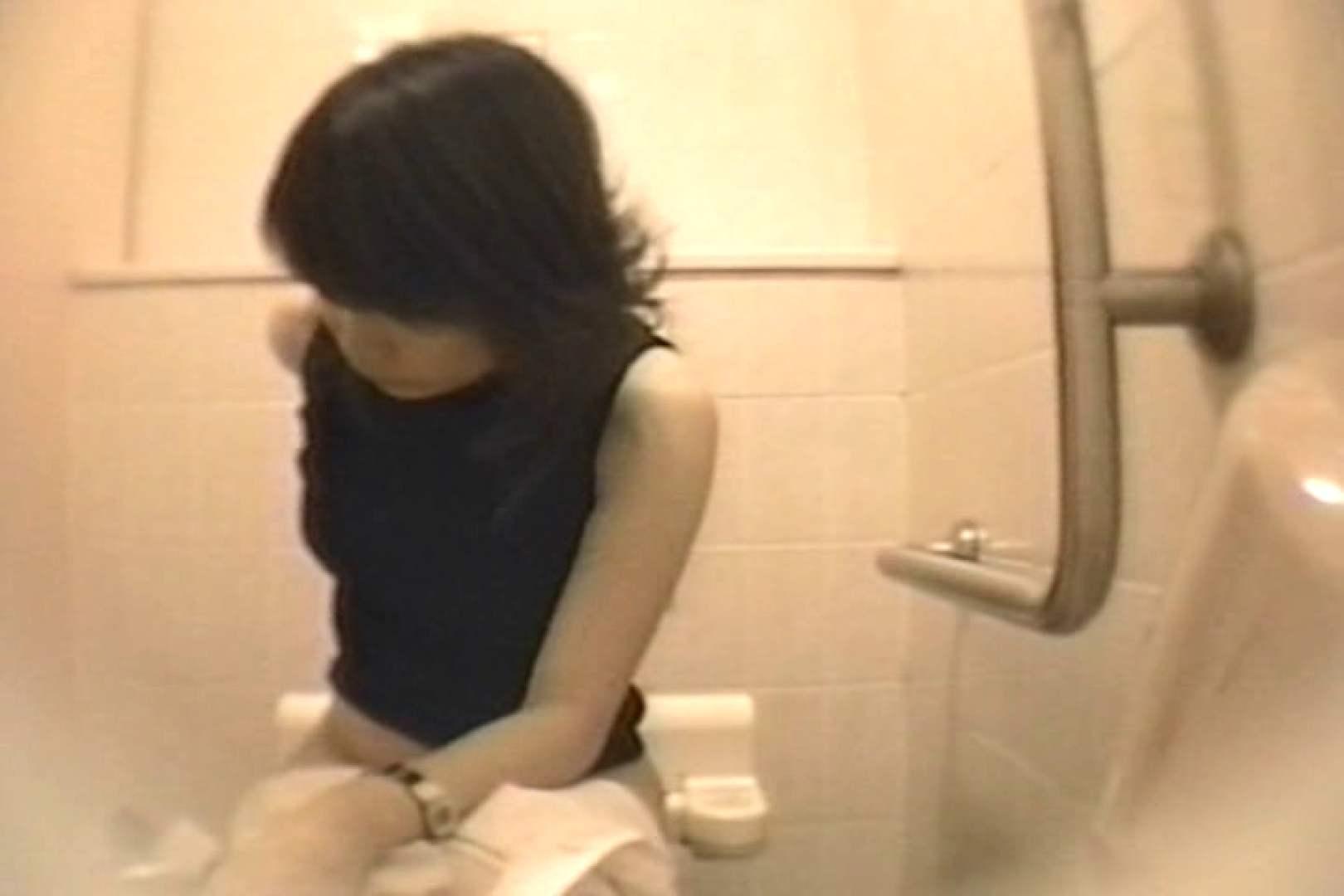 個室狂いのマニア映像Vol.4 洗面所  52連発 3