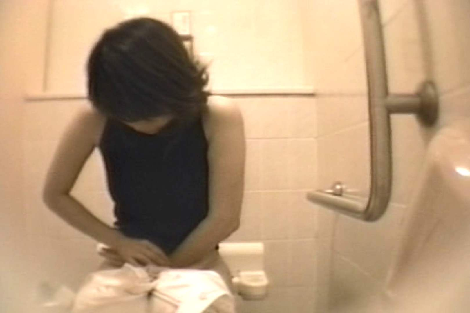 個室狂いのマニア映像Vol.4 洗面所 | 和式  52連発 4
